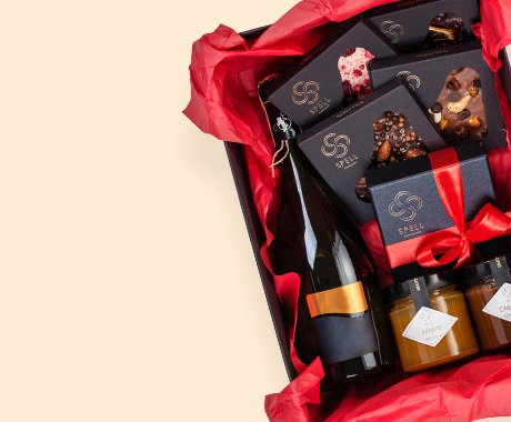 Розіграш подарункового набору від Spell chocolate